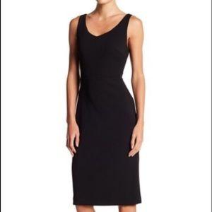 Betsy Johnson Black Scoop Neck Sleeveless Dress